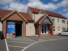 Award Leisure Warwickshire Showroom